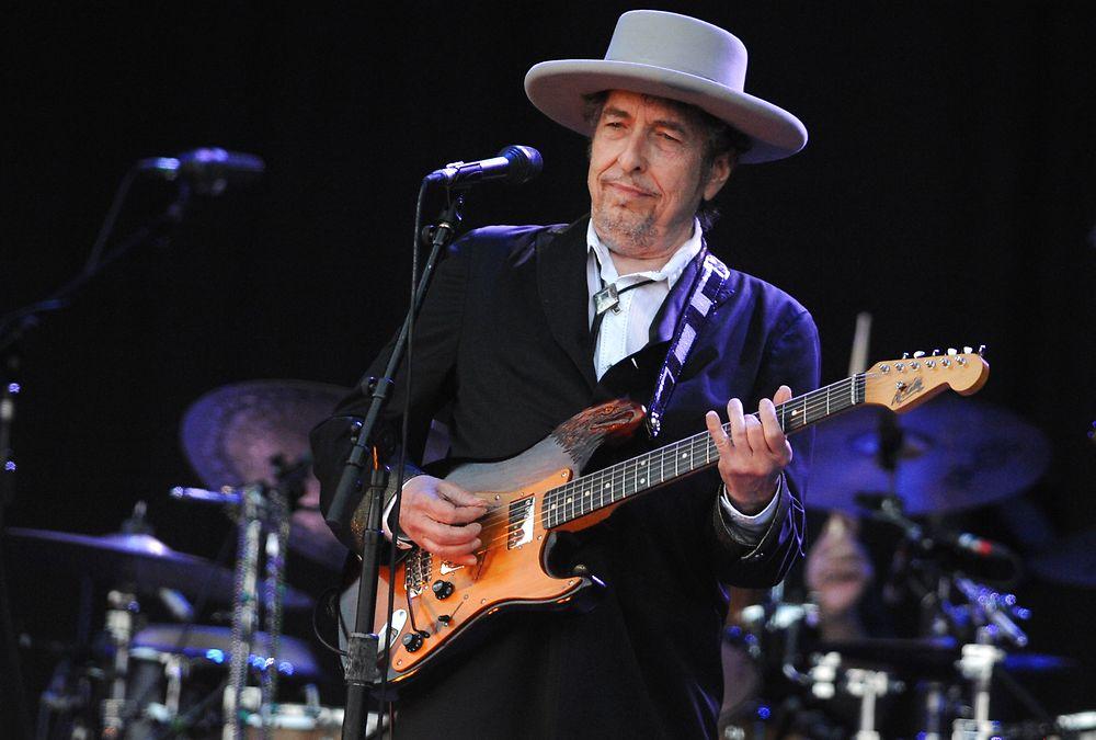 Боб Дилан выступит на фестивале в Дании в Роскилле