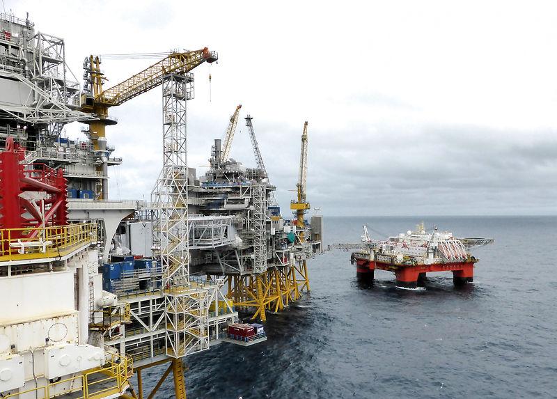 Самый большой в мире фонд национального благосостояния Норвегии будет сбрасывать нефть и газ