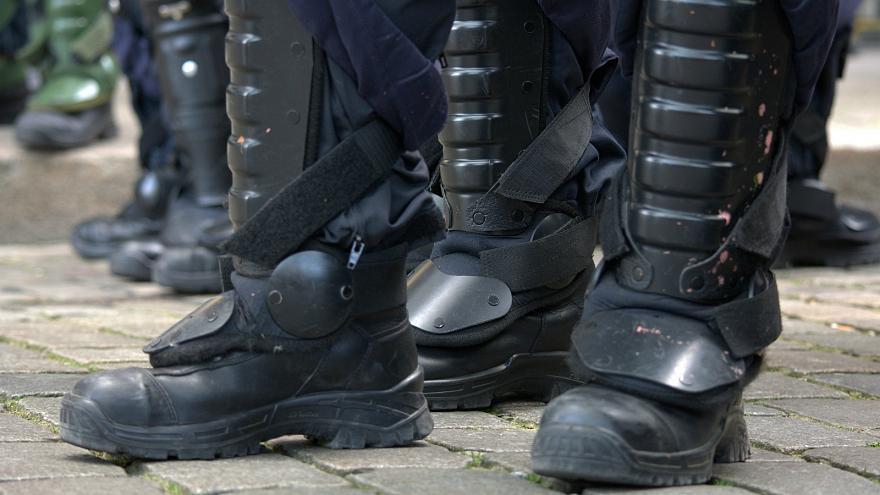 Полиция отвечает на угрозы взрыва бомбы, отправленные в государственные учреждения по всей Германии