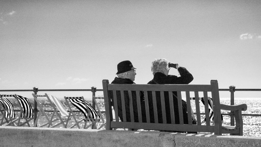 Профсоюзы несколько сдержаны в отношении предлагаемого повышения пенсионного возраста