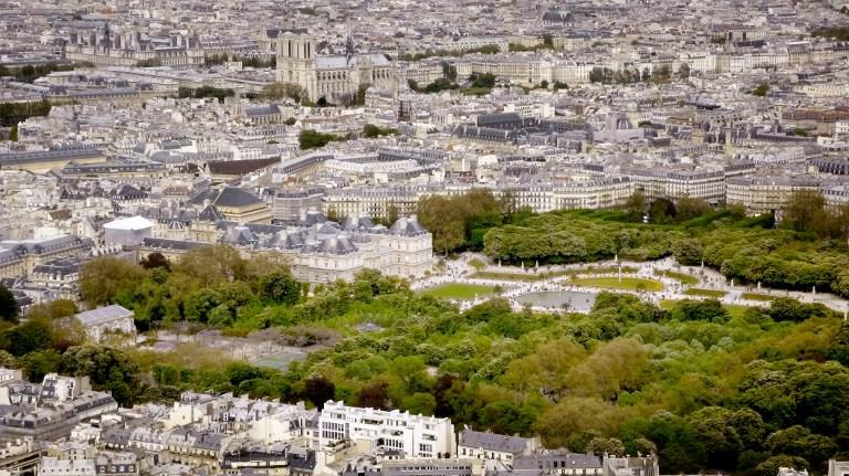 Средняя арендная плата по Парижу составляет 1000 евро — и это только для однокомнатной квартиры